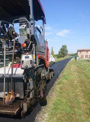 Proseguono i lavori di asfaltatura a Castel Bolognese